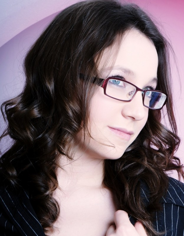Emily Jess (57) 680x1024
